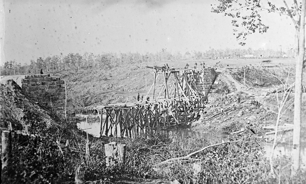 Catlett's Station, Va., vicinity.  Federal soldiers rebuilding the Orange & Alexandria Railroad bridge over Cedar Run